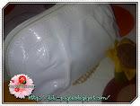 White Pouch GA oleh 'Lulu Caldina' DAN 'Lenloy-Closet'.