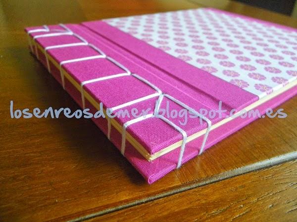 Cuaderno realizado con cosido japonés