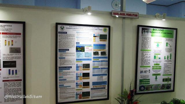 Poster penelitian yang dipajang