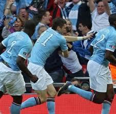 http://1.bp.blogspot.com/-fyRWkqrXP0E/T6uk39JnNyI/AAAAAAAAJxM/dQeErbJWFq4/s280/Manchester+City+vs+QPR.jpg