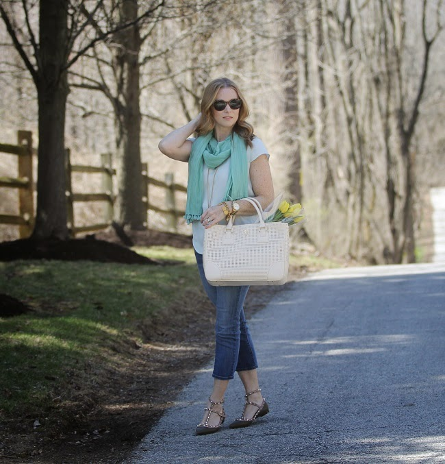 jcrew top, old navy rockstar jeans, valentino rockstud, tory burch robinson handbag, julie vos jewelry, elizabeth & james sunglasses
