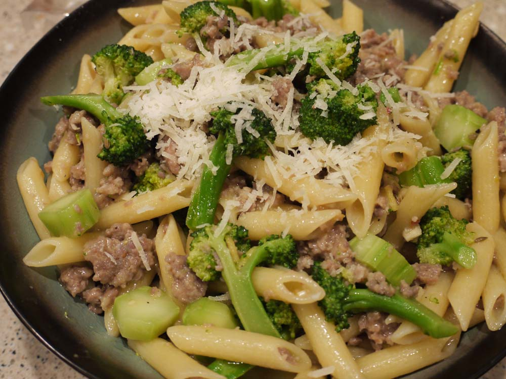 The Bad Girl's Kitchen: Pasta with Broccoli and Sausage