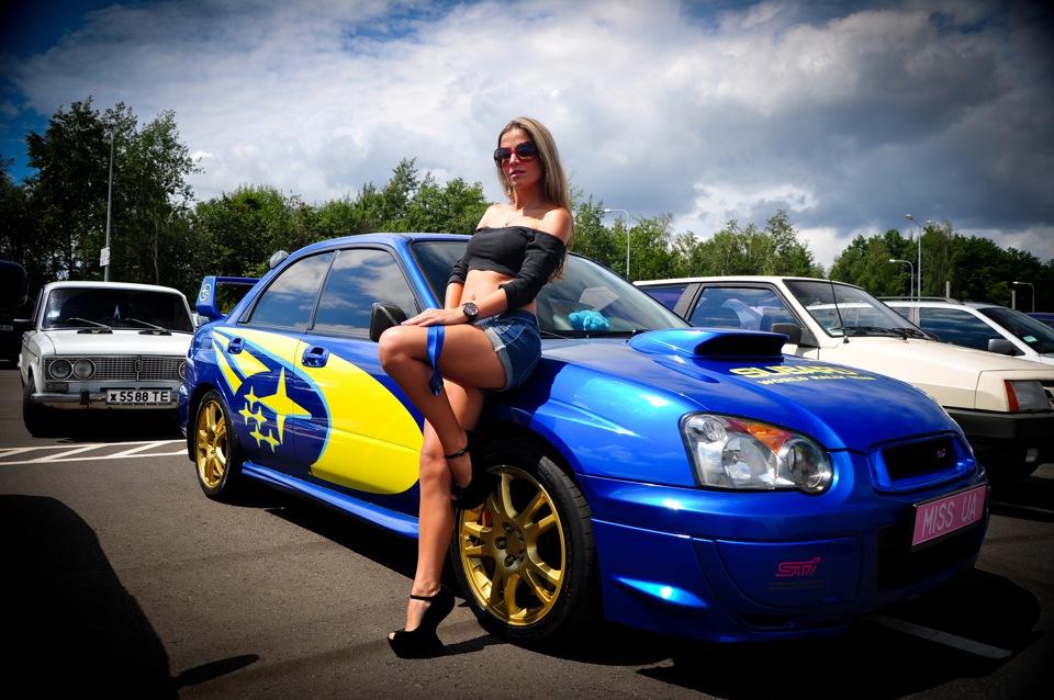 Subaru Impreza WRX STi GD, kobieta i samochód, foto