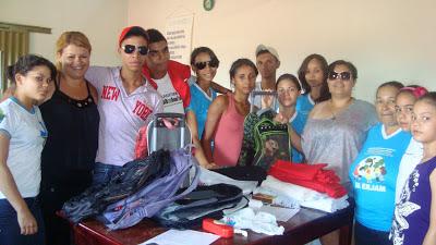 JM doa materiais escolares em Rio Verde/GO