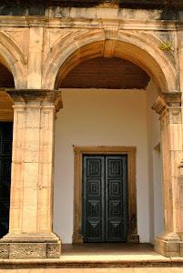 Detalhe da fachada da Igreja de N. Sra. Prazeres