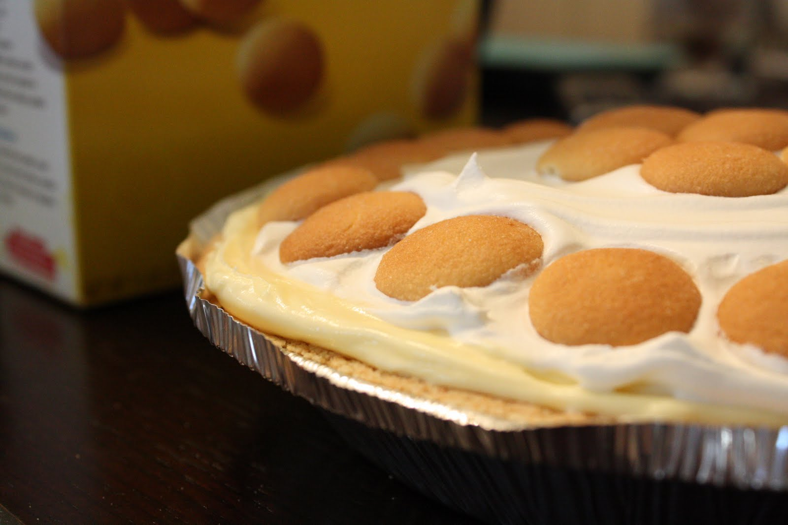 Not So Homemade: Banana Pudding Pie & 10/26 What's Cooking Wednesday