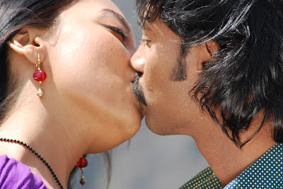 Alaral Movie Hot Spicy Stills movie photos