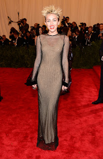 Miley Cyrus in a hot dress at 2013 Met Gala
