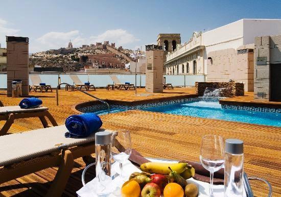 hoteles baratos en Almería