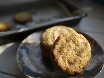 Anise, Almond and Lemon Biscuits