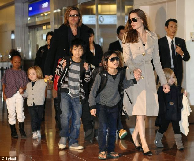 Angelina Jolie realize how many movies her kids can't watch