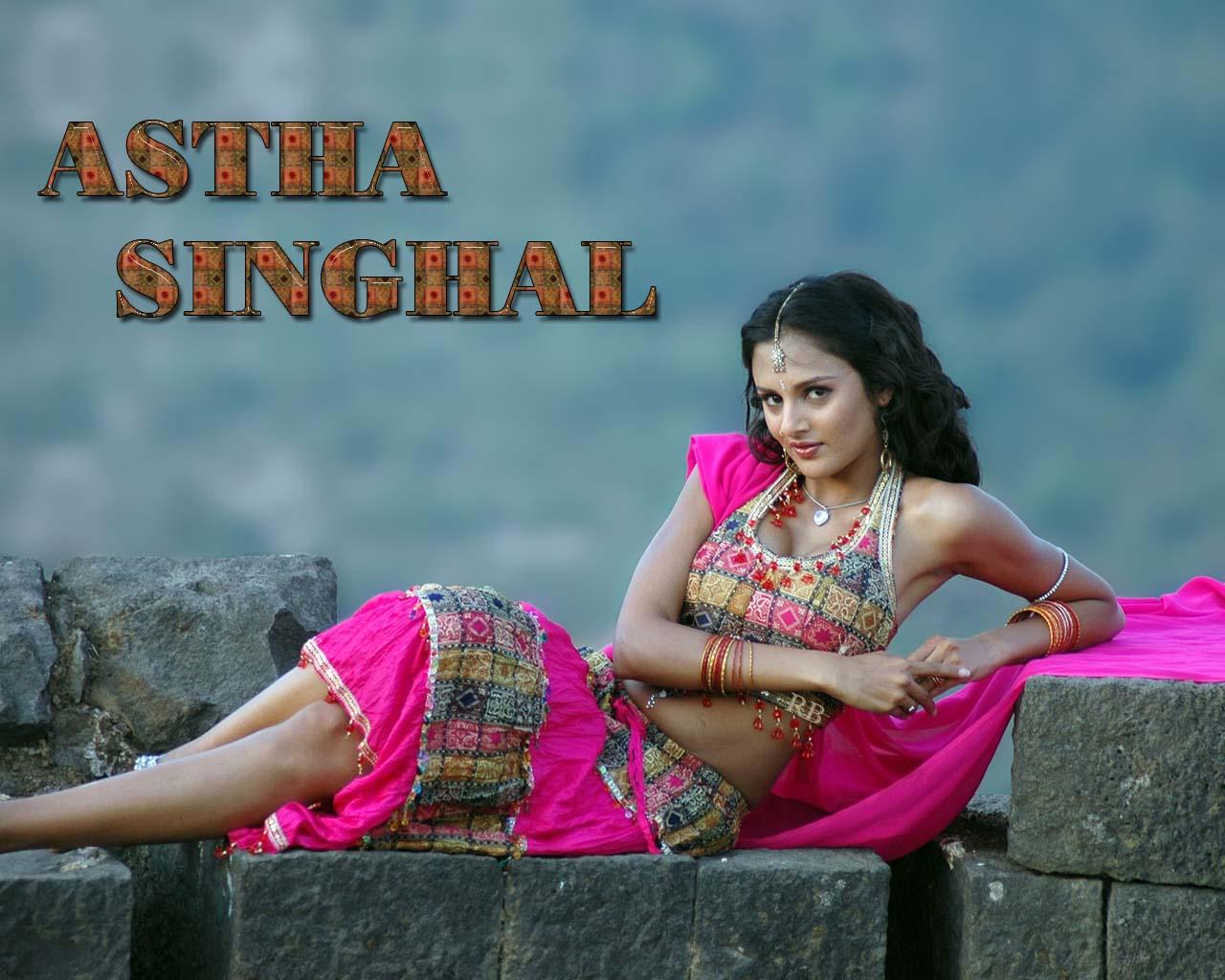 http://1.bp.blogspot.com/-fzVkHpUjHnc/T83q-LD4hcI/AAAAAAAAGkk/iagxNPDBlnQ/s1600/astha-singhal-a-pictures.jpg