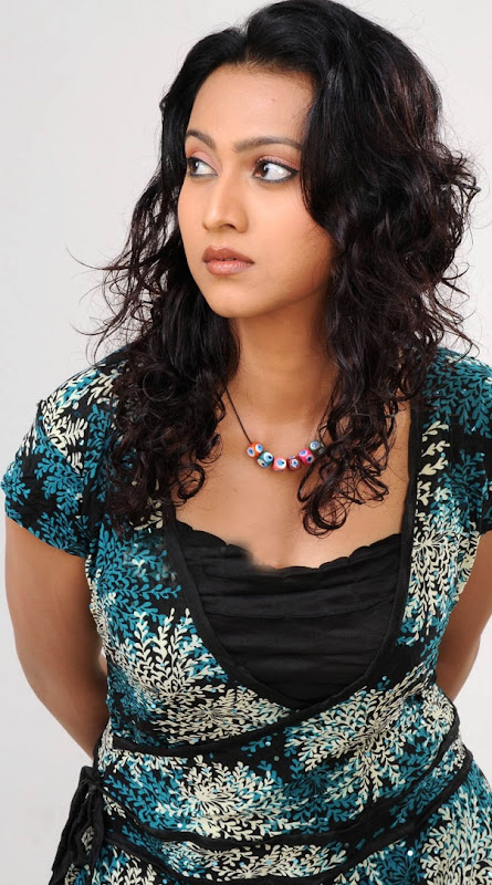 Cute Pictures of Aakarsha  South Indian Actress Photoshoot images