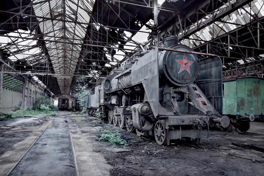 Imágenes de la arquitectura de la era soviética desmoronándose de una fotógrafa acusada de espionaje