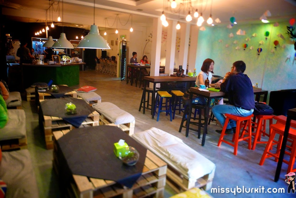 Foodie Trail, www.offpeak.my, Comma Cafe, coffee, Setia Alam, Shah Alam, MixFM,