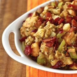 homemade cranberry stuffing recipe with pistachios