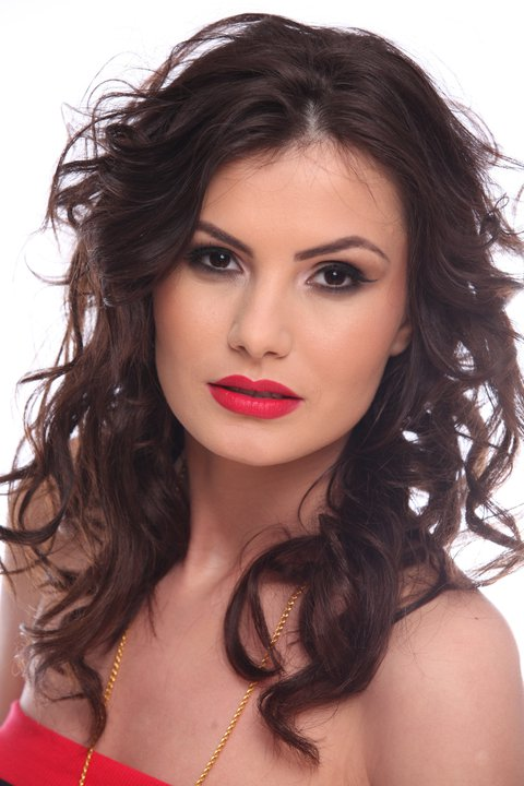 Larisa Popa ,Miss Universe Romania 2011, National Beauty Pageants