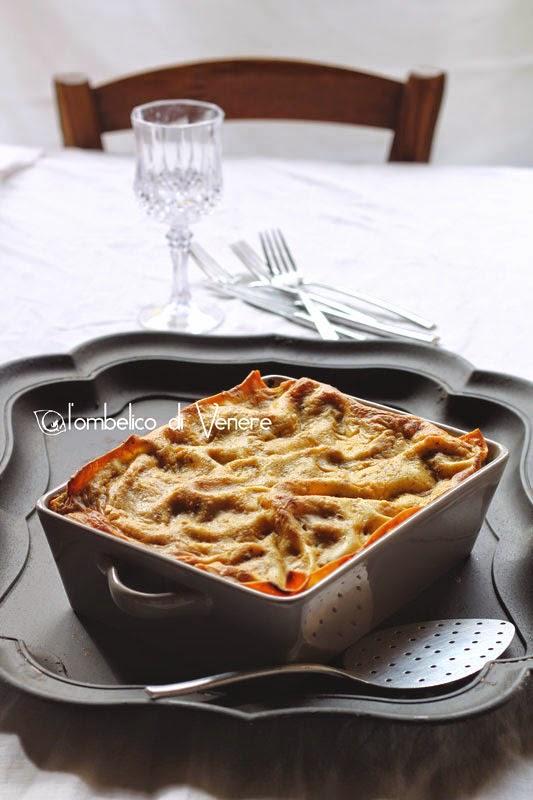 lasagna con melanzane burrata pesce spada e besciamella al pistacchio