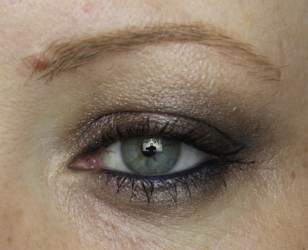 Wet N Wild Silent Treatment Eyeshadow Trio Bargaintastic