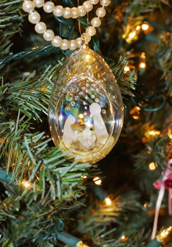 Glass Nativity Scene Ornament