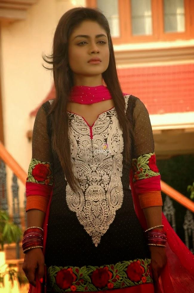 Sreejita De Biography, Wiki, Profile, Age, Films & TV Shows List ...