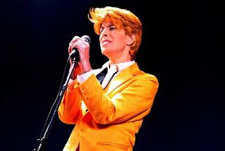 Stele de alta data - David Bowie