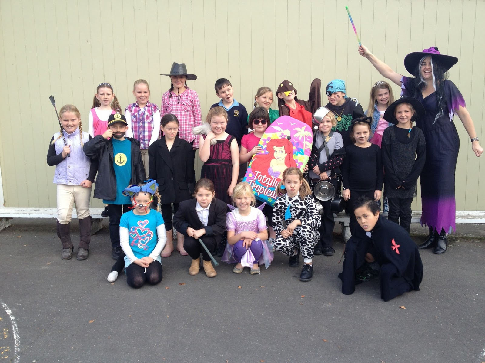 Room 4 Lawrence Area School: Book character dress up day