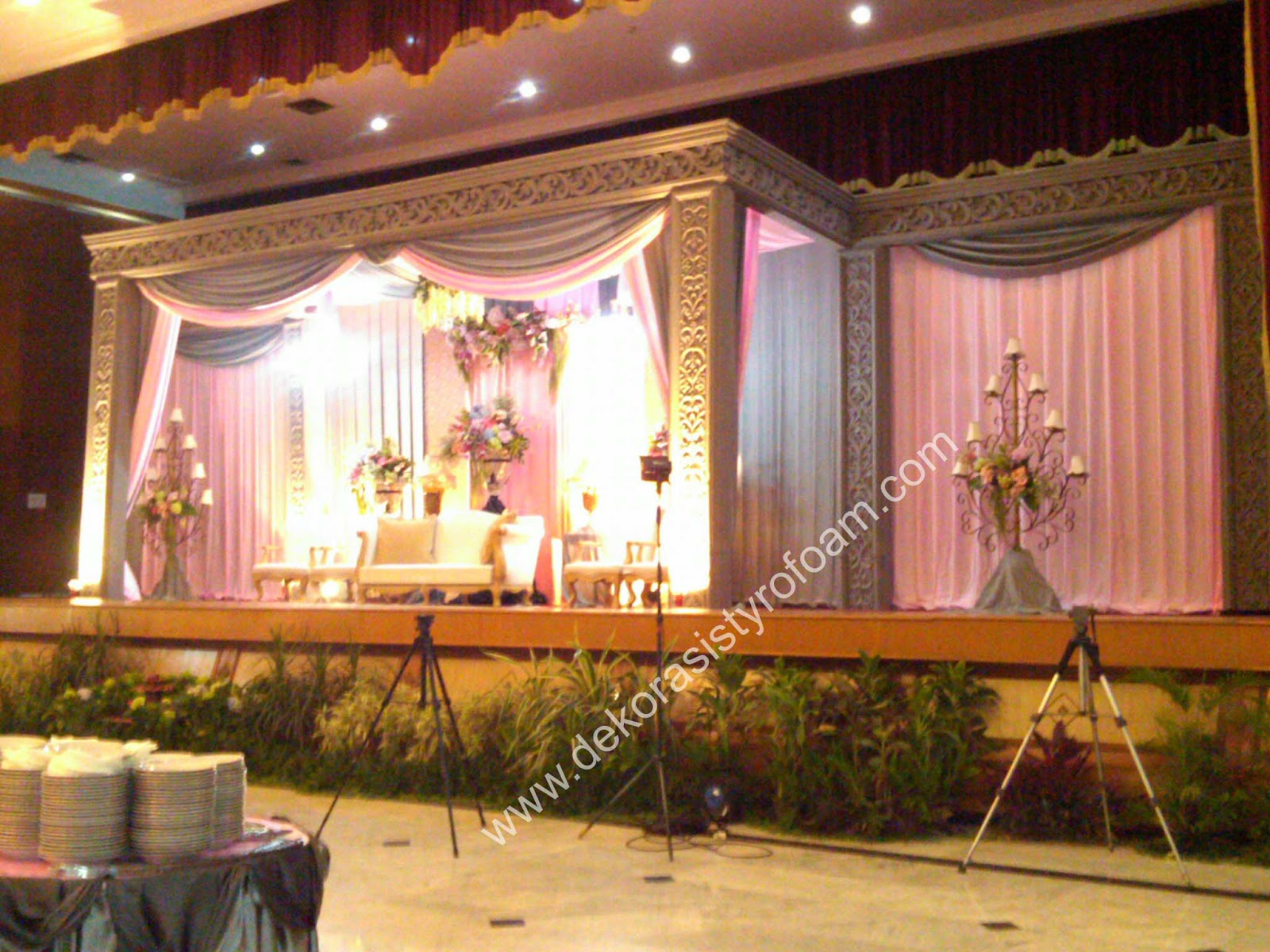 Dekorasi styrofoam dekorasi pelaminan a 3 for Dekorasi lebaran hotel