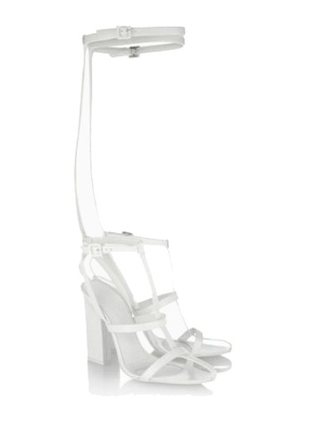 http://www.choies.com/product/new-style-toe-sandals-in-white_p10126?cid=alaysa?michelle
