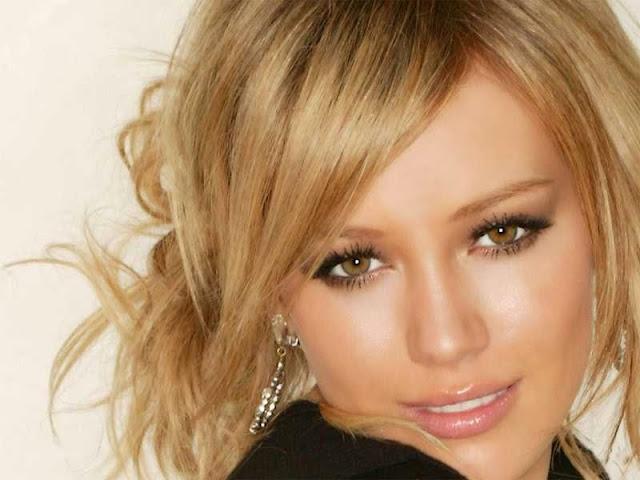 Gambar artis Hilary Duff
