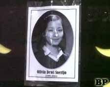 Pemakaman Gadis Sampul Olivia