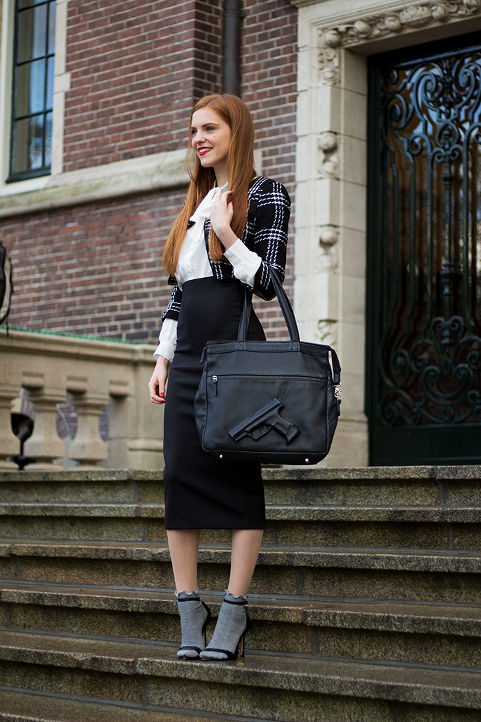 Socks in sandals Dutch fashion blogger outfit with midi skirt and cropped jacket