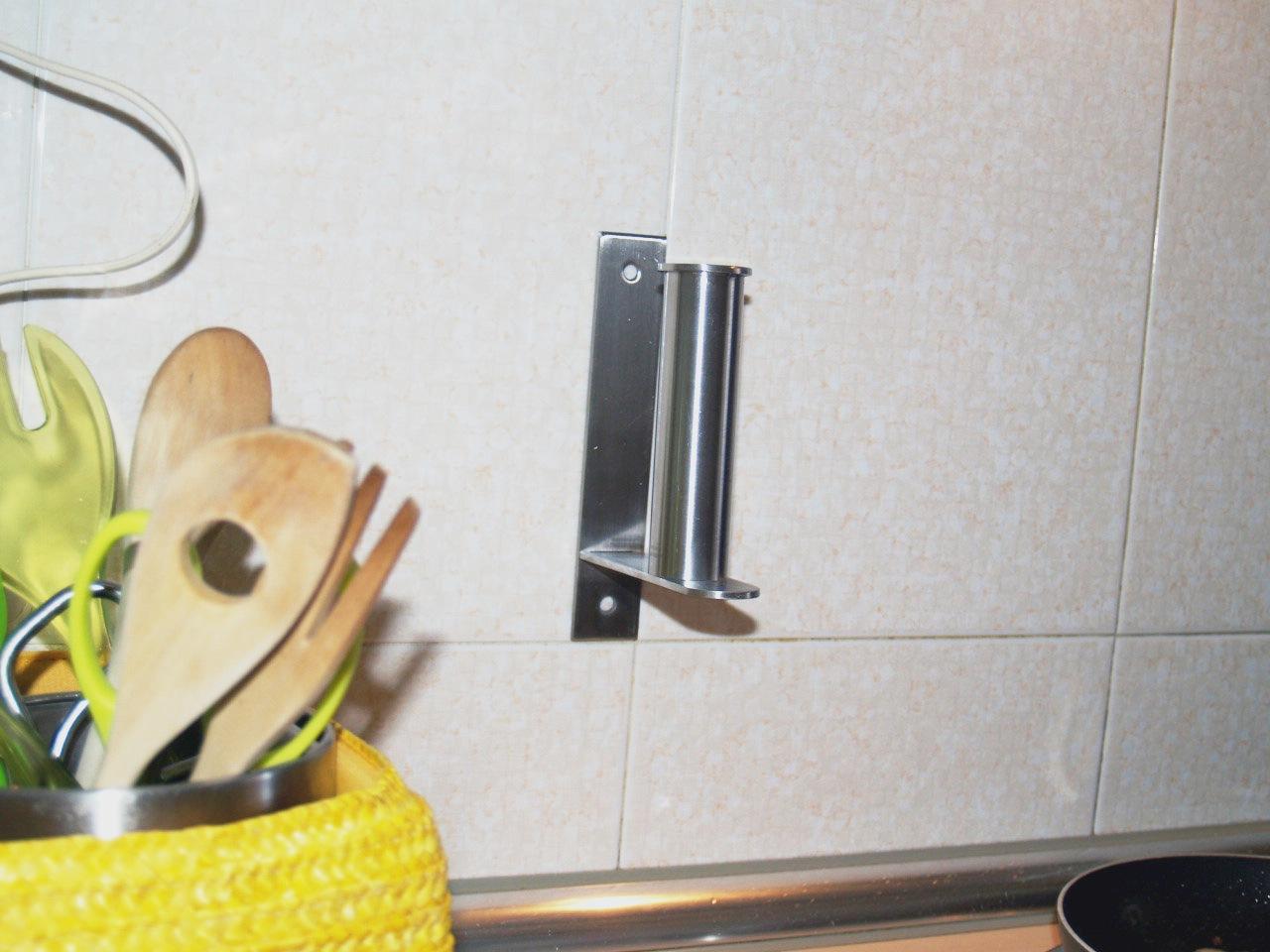 Nuevos usos soporte de papel higi nico como soporte para for Portarrollos cocina ikea