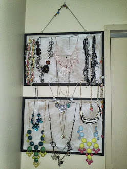 DIY - Corkboard Necklace Organizer