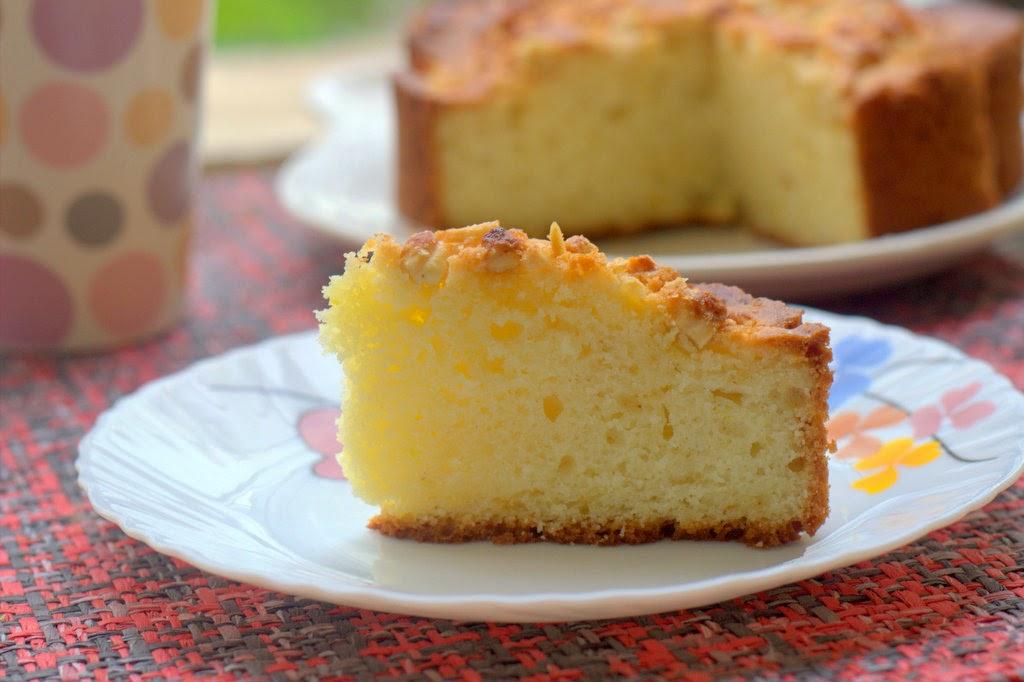 Sour cream / Yogurt / Creme Fraiche coffee cake - Very ...