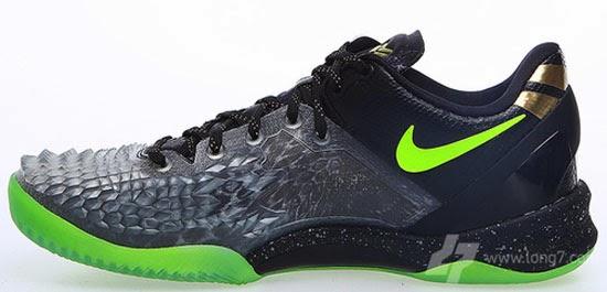 7772fba28165 ... Images courtesy of Long7 Nike Kobe 8 System Christmas ...