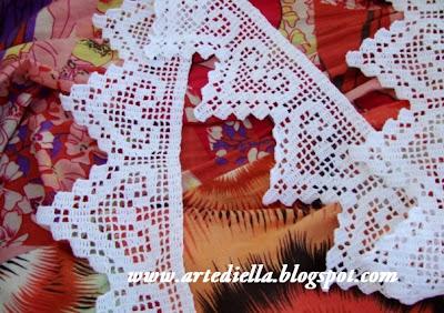 Le fragole di stoffa bordura di cuori a for Piastrelle uncinetto filet schemi