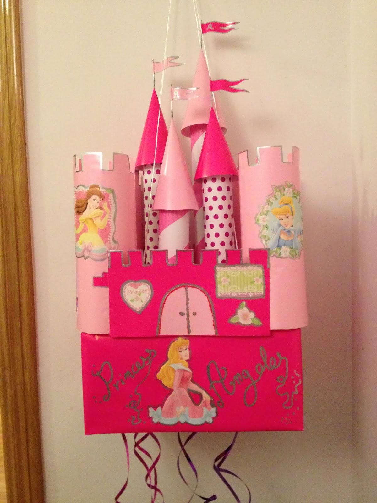 Manualidades amelia castillo de princesas pi ata - Casas de princesas ...