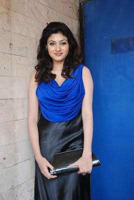 oviya spicy in blue dress for azhagan azhagi audio launch photo gallery