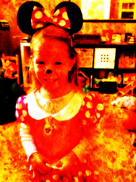 photo editing of minnie mouse costume