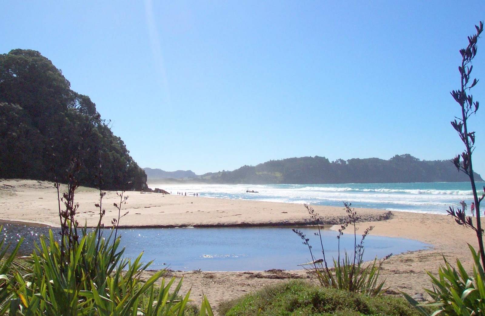 melulater: beach scenes