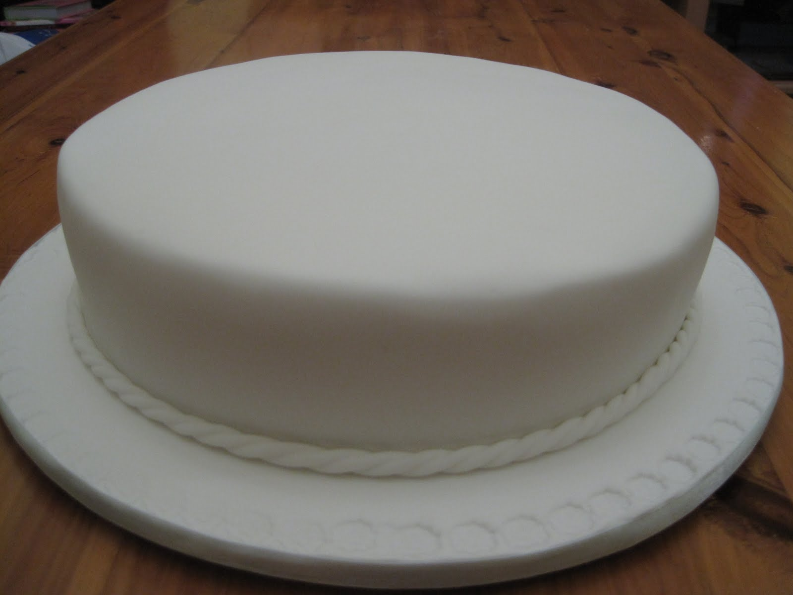 Photos Of White Birthday Cake : Cakes and Other Delights: June 2011