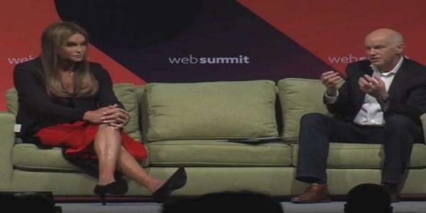 Γιατί ο Γ. Παπανδρέου είναι στον ίδιο καναπέ με τον τραβεστί πατριό της Kim Kardashian; [Βίντεο]