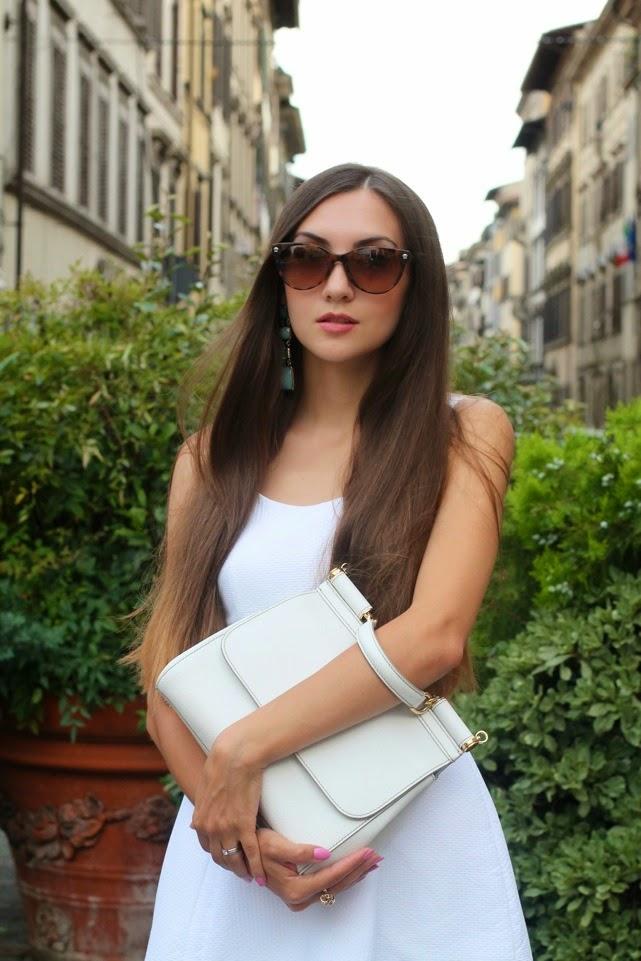 russian fashion blogger, model birmingham and london, versace sunglasses, miss sicily white bag by dolce and gabbana , топ российских блогеров, блог о моде на русском, русские в лондоне