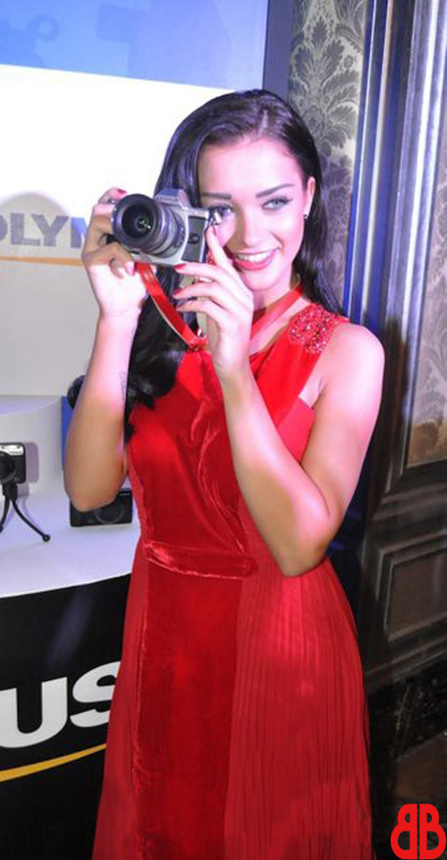 Beautiful Amy Jackson Lunches Olympus Digital Cameras | Photo Gallery