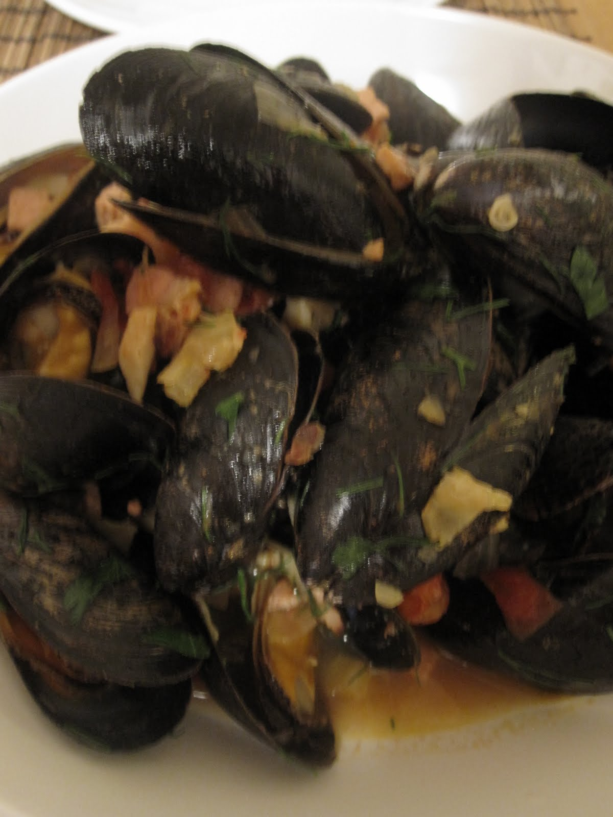 2: Mussels with bacon and a green bean salad