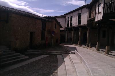 plaza mayor cuacos de yuste