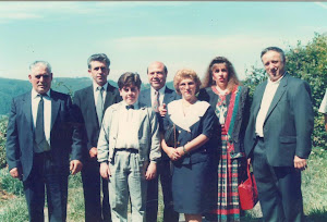 Loly Señaris Calviño con su hijo Alexander y mis tíos.