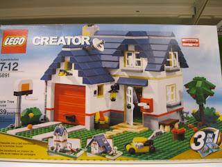 LEGO Apple Tree House