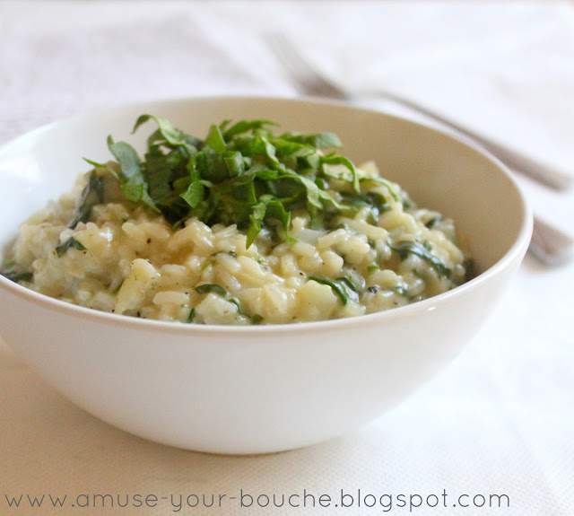 Cheesy spinach and garlic rice